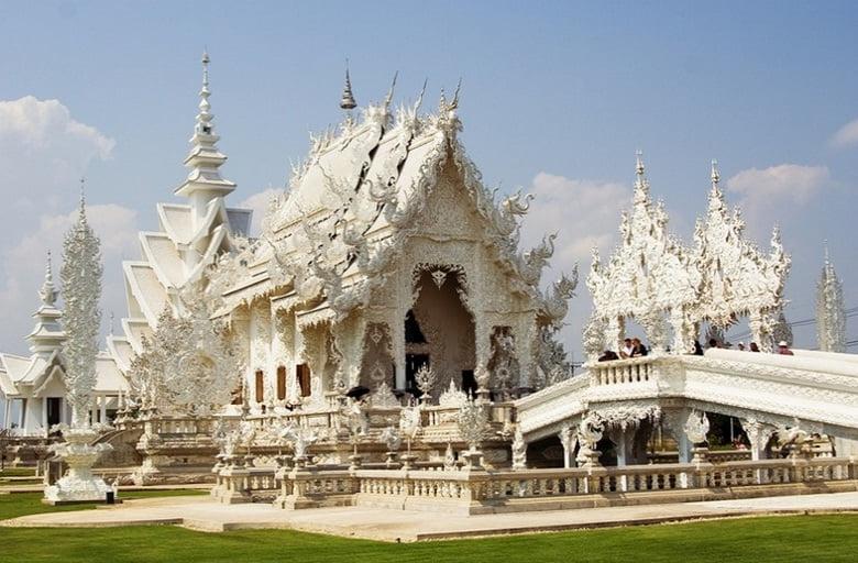 Taylandtaki ilginç tapınak