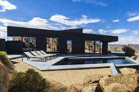 black-desert-house