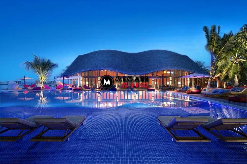 maldivlerde-gunes-panelli-5-yildizli-bir-otel-001