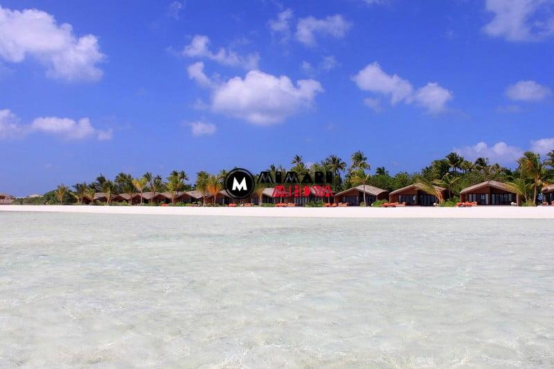 maldivlerde-gunes-panelli-5-yildizli-bir-otel-010