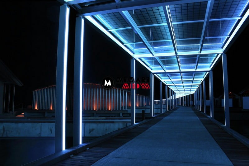 maldivlerde-gunes-panelli-5-yildizli-bir-otel-017